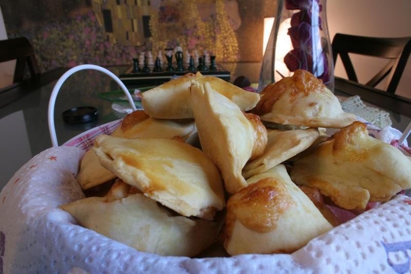 I fiadoni abruzzesi, pecorino, parmigiano e caciotta dolce
